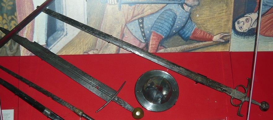 RA-Swords-and-buckler1.jpg